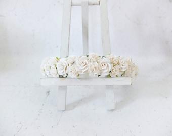 White dainty wedding flower crown - rose headpiece girl -  bridal floral halo - hair garland - head wreath