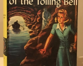 Nancy Drew - The Mystery of the Tolling Bell by Carolyn Keene - Early Picture Cover Printing