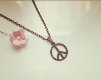 Short chain of peace, freedom, future, peace, vintage