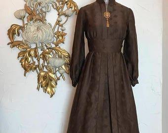 1960s dress brown dress mod dress long sleeve dress size small vintage dress 25 waist high neck dress bishop sleeves fit and flare