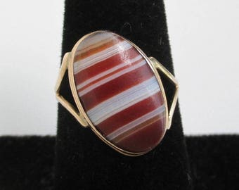 10K Solid Gold Ring w/ Agate Center - Vintage, Unique Asymmetrical Shape, Size 7 1/4