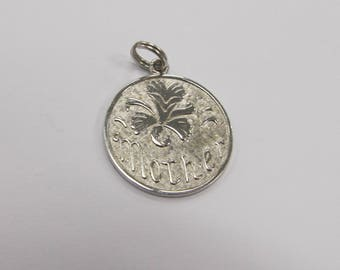 WELLS STERLING Vintage Silver Mother charm W #696