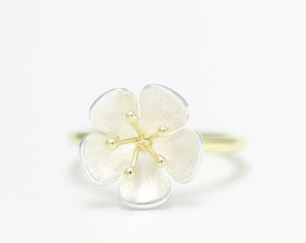 Flowerring - yellow gold and silver