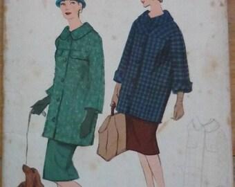 "Vintage Sewing Pattern. Vogue Special design. Vogue S-4921 . Coat and skirt pattern. bust 34"""