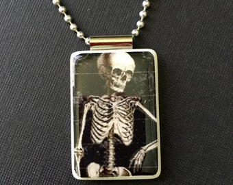 Halloween skeleton pendant, skeleton necklace, halloween jewelry, skeleton jewelry, reversible pendant, mahjong tile pendant, ball chain