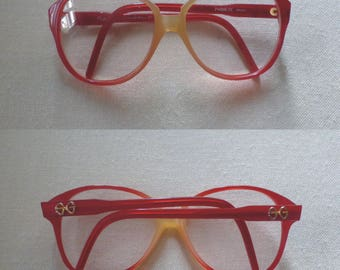 80s red/beige frames. Retro oversized vintage eyewear by S.Guper, StTropez. In a very good vintage condition.