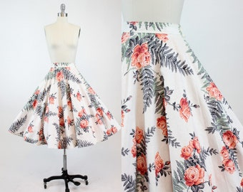 50s Circle Skirt XS / 1950s Vintage Rose Print Cotton Skirt / Roses and Ferns Skirt