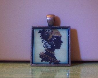 Handmade bezel pendant necklace keychain jewelry vintage lady woman silhouette