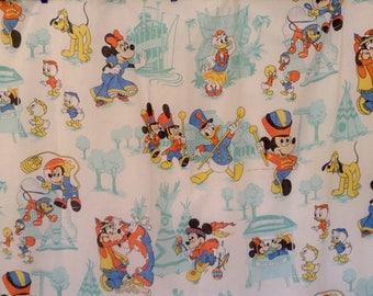 Vintage Walt Disney Productions Disneyland Mickey 1970's Flat twin sheet, pillow case- very good condition, classic fun!