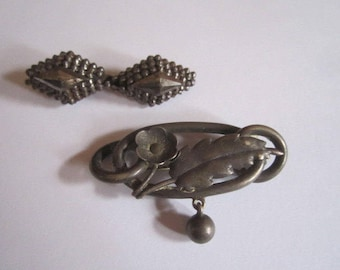Antique Victorian Edwardian Brooch Lot of 2 Assorted Pins