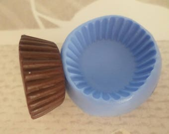 Mold for polymer clay Base of large cup cake 2.5 cm