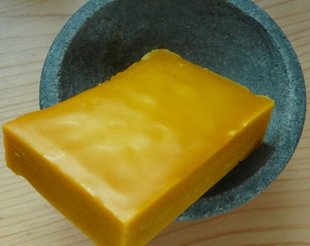 Beeswax - 15 oz/ 420 g of pure beeswax as natural as possible