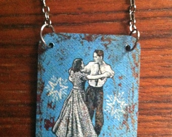 Romantic Necklace // Dancing Couple
