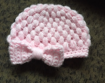 Crochet baby girl hat with bow