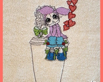 Embroidery File Dreaming Doll in 8 Sizes
