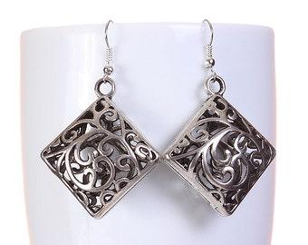 Silver tone square filigree drop dangle earrings (582)