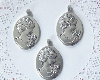 Elegant Victorian Lady Cameo Setting