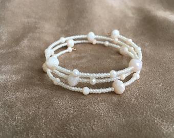 Ivory beaded bracelet Brides jewellery Bracelet for wedding Wrap your wrist Christmas gift for women Birthday gift for mom