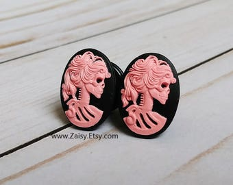 Pink Skull Goddess Plugs for Gauged Ears Sizes 2G, 0G, 00G, 1/2, 9/16, 5/8 Inch, 15mm, 14mm, 12mm, 10mm, 8mm, 6mm, 5mm,4mm, One Pair(1)
