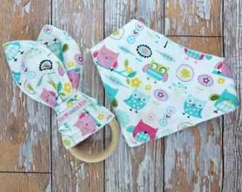 Baby Teething Set - Bandana Bib and Bunny Ear, Baby Girl Gift, Baby Girl, Baby Shower Gift, New Mum - Owls