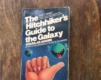 Vintage The Hitchhiker's Guide to the Galaxy, Douglas Adams, 80s, The Universe is a lot safer if you bring a towel, used books, paperback