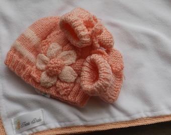 3 piece set-Preemie 1-3 months - salmon color