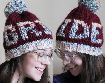 Bride toque with heart in burgundy
