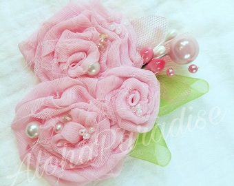 Evelyn's Pink Rose Trio Flower Piece