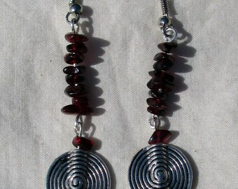 Garnet Chip Spiral Earrings