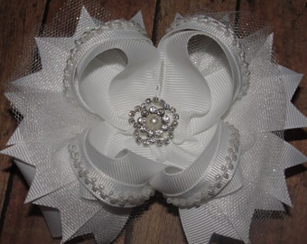 White Boutique Hair Bow, - Flower Girl Hair Bow, - Pageant Hair Bow, - Hair Bow with Pearls and Bling Center