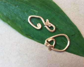 Clasp Hook and Eye Small with Heart Vermeil