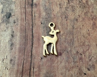 10 Small deer charms antique gold tone (2 sided) - gold deer pendants, woodland charms, small deer charms, forest animal charms, BX155