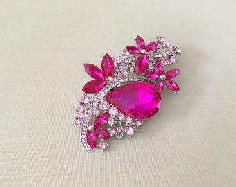 Hot Pink Rhinestone Brooch.Pink Rhinestone Brooch.Pink Silver Rhinestone Brooch.Pink Crystal Brooch.bridal accessory.Pink broach.Pin.Fuchsia