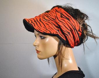 Visor turban with winter
