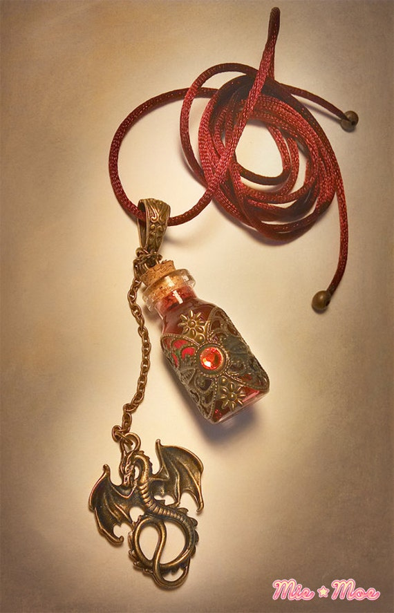 Dragon blood necklace targaryen necklace got necklace mozeypictures Image collections