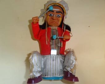 Vintage DRUMMING INDIAN Joe, Alps Tin Toys, Battery Operated Toys, Japan Toys 1960, Native American Indian, Indian Drummer, Old Moving Toys