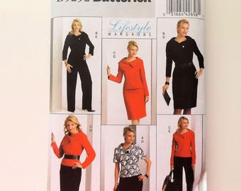 Misses jacket, skirt and pants.  Butterick pattern, Lifestyle wardrobe, Size 14 to 22