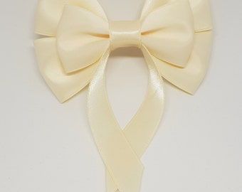 Cream Swallow Tail Hair Bow