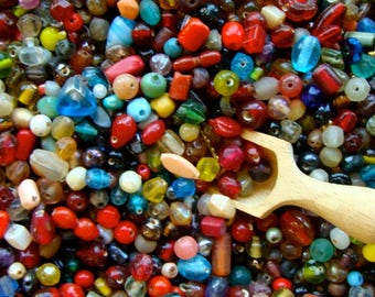 Vintage Glass Beads Random Mixed Lot 100 pcs.  Vintage Jewelry Supplies
