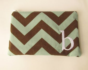 Monogram Make up Bag - B pouch - Ready to Ship - Bridesmaid Makeup bag - Cosmetic bag - Make up Clutch - Monogrammed Gift - Medium