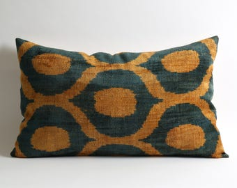 velvet pillow, handwoven pillow, ikat, ikat pillow, velvet, throw pillow, pillow cover, accent pillow, velvet ikat pillow, ikat pillows