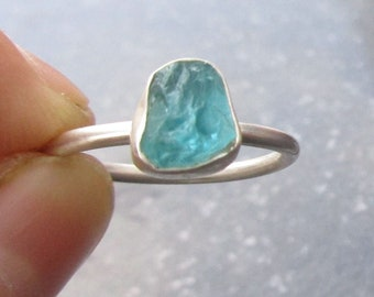 Raw Blue Apatite Ring, Size 6, 925 Sterling Silver Stackable Ring, Raw Stone Crystal, Aqua Blue Gemstone, Gift