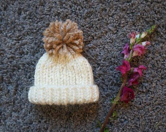 Cream Knitted Baby Hat with Beige Pom Pom / Baby Beanie / Chunky Knit Baby Hat / Baby Hat With Pom Pom / Chunky Knit Baby Beanie