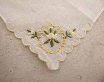 Vintage handkerchief with embroidered flowers #113
