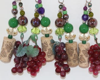 Bundle of Grapes with Wine Corks Tablecloth Weights Set of 4