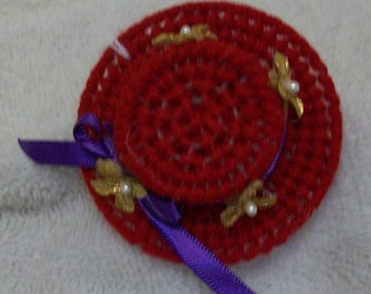 2149A Red Hat Society Magnet