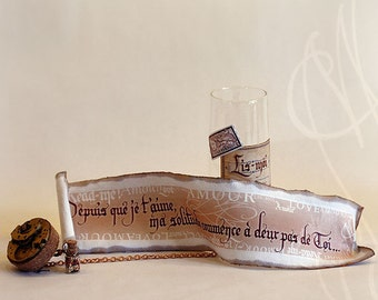 "Romantic message presented in hand personalised steampunk bottle -Message-D- ""Depuis que je t'aime, ma solitude..."" In French"