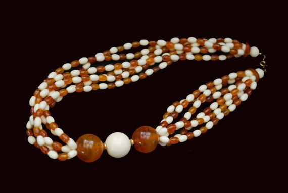 Root beer white torsade Bead Necklace - multi strand - Lucite Plastic - Mod groovy necklace