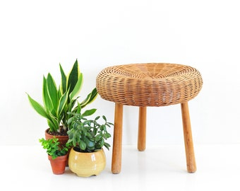 Vintage Tony Paul Style Wicker and Wood Tripod Stool / Mid Century Modern Plant Stand / Vintage Boho Plant Stand
