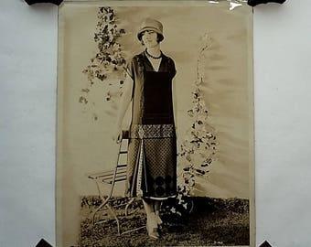 1920 8x10 Professional Photo, Fashion Model Flapper Dress & Hat,